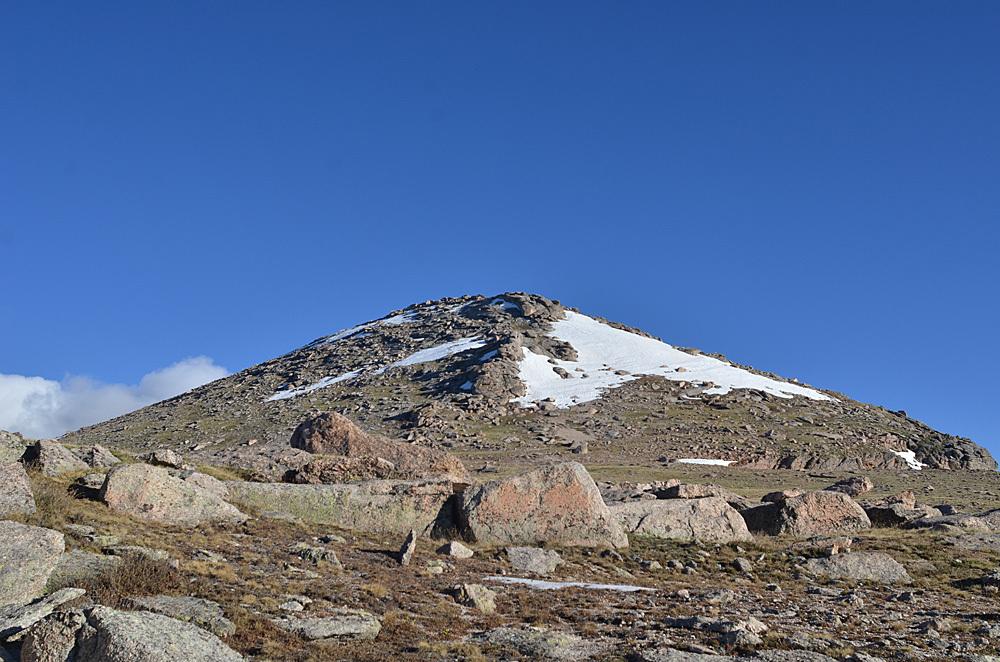 Epaulet Mountain - 13,530